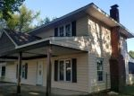 Foreclosed Home en TURF RD, Levittown, PA - 19056