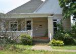 Foreclosed Home en N WEBSTER ST, Harrisburg, IL - 62946