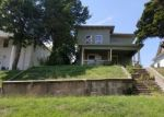 Foreclosed Home en S PECAN ST, Nowata, OK - 74048