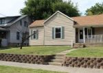 Foreclosed Home en E MARKET ST, Warrensburg, MO - 64093