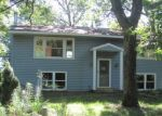 Foreclosed Home en ROANOKE ST NW, Isanti, MN - 55040