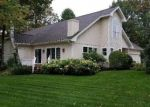 Foreclosed Home en CHAMPIONSHIP DR, Gaylord, MI - 49735