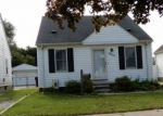 Foreclosed Home en CHARLES ST, Trenton, MI - 48183