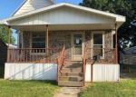 Foreclosed Home en E CHESTNUT ST, Canton, IL - 61520