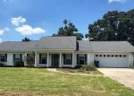 Foreclosed Home en SPRING CHASE LN, Marianna, FL - 32446