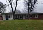 Foreclosed Home en GLEN OAK DR, Fairfield, AL - 35064