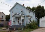 Foreclosed Home en BACON ST, Jermyn, PA - 18433