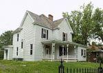 Foreclosed Home en PINE ST, Tazewell, VA - 24651
