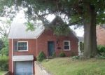 Foreclosed Home en ALLENDER AVE, Pittsburgh, PA - 15220