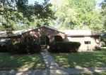 Foreclosed Home en BROADMOOR DR, Bloomington, IL - 61704
