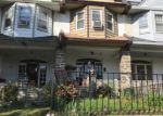 Foreclosed Home en WALNUT LN, Philadelphia, PA - 19138