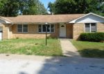 Foreclosed Home en N UNION ST, New Franklin, MO - 65274
