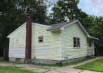 Foreclosed Home en HEYWARD ST, Brentwood, NY - 11717