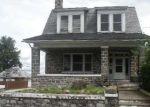 Foreclosed Home en FOLK ST, Easton, PA - 18042