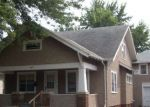 Foreclosed Home en E 7TH AVE, Mitchell, SD - 57301