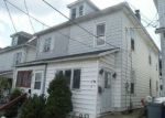 Foreclosed Home en CENTER ST, Easton, PA - 18042