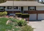 Foreclosed Home en N BROADWAY ST, Kansas City, MO - 64118