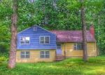 Foreclosed Home en HICKORY HILL RD, Simsbury, CT - 06070