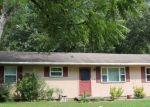 Foreclosed Home en EDGEHILL DR, Benton, AR - 72015