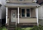 Foreclosed Home en STIEREN AVE, Brackenridge, PA - 15014
