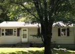 Foreclosed Home en BRADFORD RD, Torrington, CT - 06790