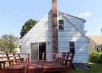 Foreclosed Home en GROVE ST, Windsor Locks, CT - 06096
