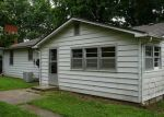 Foreclosed Home en S MARKET ST, Holden, MO - 64040