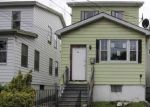 Foreclosed Home en NORWOOD AVE, Irvington, NJ - 07111