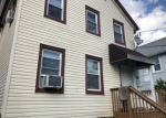Foreclosed Home en WHITE ST, West Orange, NJ - 07052