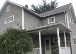 Foreclosed Home en BEECH ST, Old Forge, PA - 18518