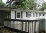 Foreclosed Home en TANBARK DR, Belleville, IL - 62226