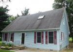 Foreclosed Home en MOORES LN, New Castle, DE - 19720