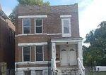 Foreclosed Home en BARTMER AVE, Saint Louis, MO - 63112