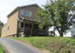 Foreclosed Home en GREENSBURG RD, New Kensington, PA - 15068
