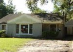 Foreclosed Home in 8TH ST, Lake Charles, LA - 70601