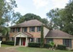 Foreclosed Home in ENGLEWOOD DR, Lufkin, TX - 75901