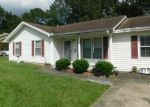 Foreclosed Home in CHIPPENDALE RD, North Charleston, SC - 29420