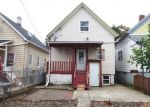 Foreclosed Home en S 17TH ST, Milwaukee, WI - 53204