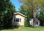 Foreclosed Home en W 2ND ST, Shawano, WI - 54166