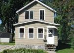 Foreclosed Home en OGDEN ST, Marinette, WI - 54143