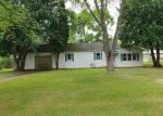 Foreclosed Home en E ALFRED ST, Weyauwega, WI - 54983
