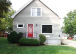 Foreclosed Home en W LAPHAM ST, Milwaukee, WI - 53214