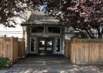 Foreclosed Home en LINDEN AVE N, Seattle, WA - 98133