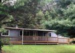 Foreclosed Home en BACKS HOLLOW LN, Greenville, VA - 24440