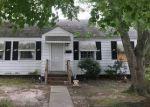 Foreclosed Home en ALLEGHANY RD, Hampton, VA - 23661