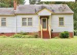 Foreclosed Home en W SYCAMORE ST, Chase City, VA - 23924