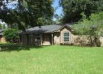 Foreclosed Home in ASH LN, Lake Jackson, TX - 77566
