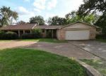 Foreclosed Home en ELLA YOUNG DR, Fort Worth, TX - 76135