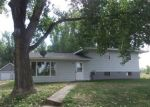 Foreclosed Home en 2ND COTTONWOOD GRV, Glendive, MT - 59330