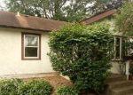 Foreclosed Home en W WARBURTON ST, South Saint Paul, MN - 55075